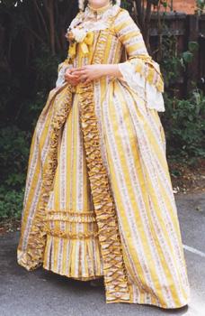 18世紀 の ロココスタイル \u2013 サックバックドレス 製作