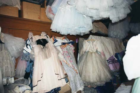 backstage_costumes